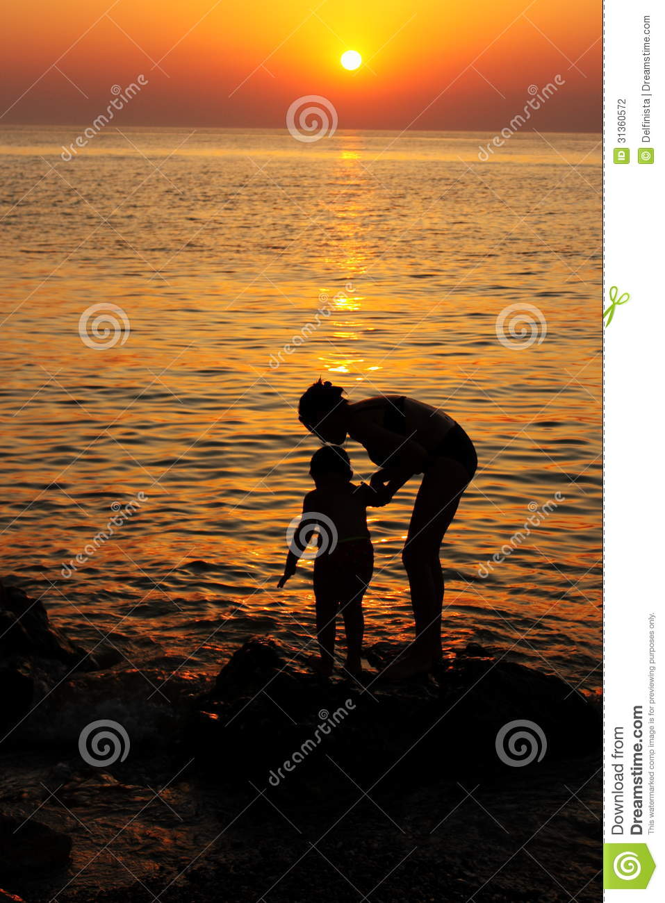 Mother And Child Sunset Wallpaper
