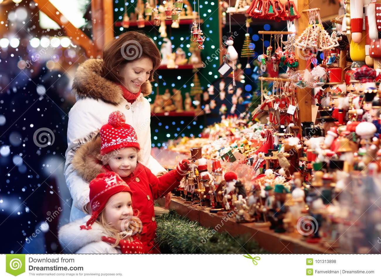 Family Shopping Christmas Presents Stock Photo - Image of little ...