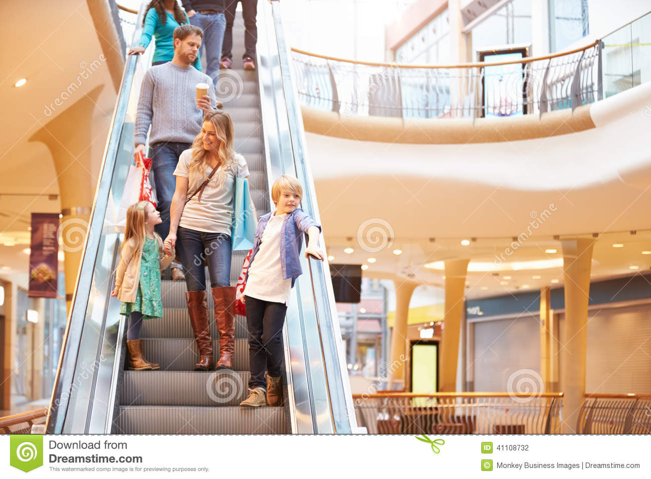 essay on shopping mall for kids Shopping mall essay online shopping  without leaving home this article by michelle is an article about young kids and how they are using the internet.