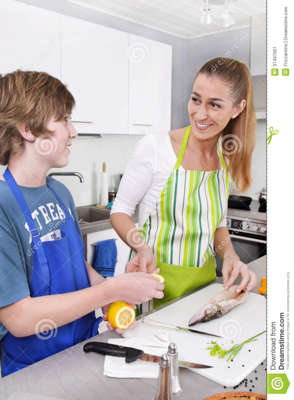 Mom and son sex in the kitchen