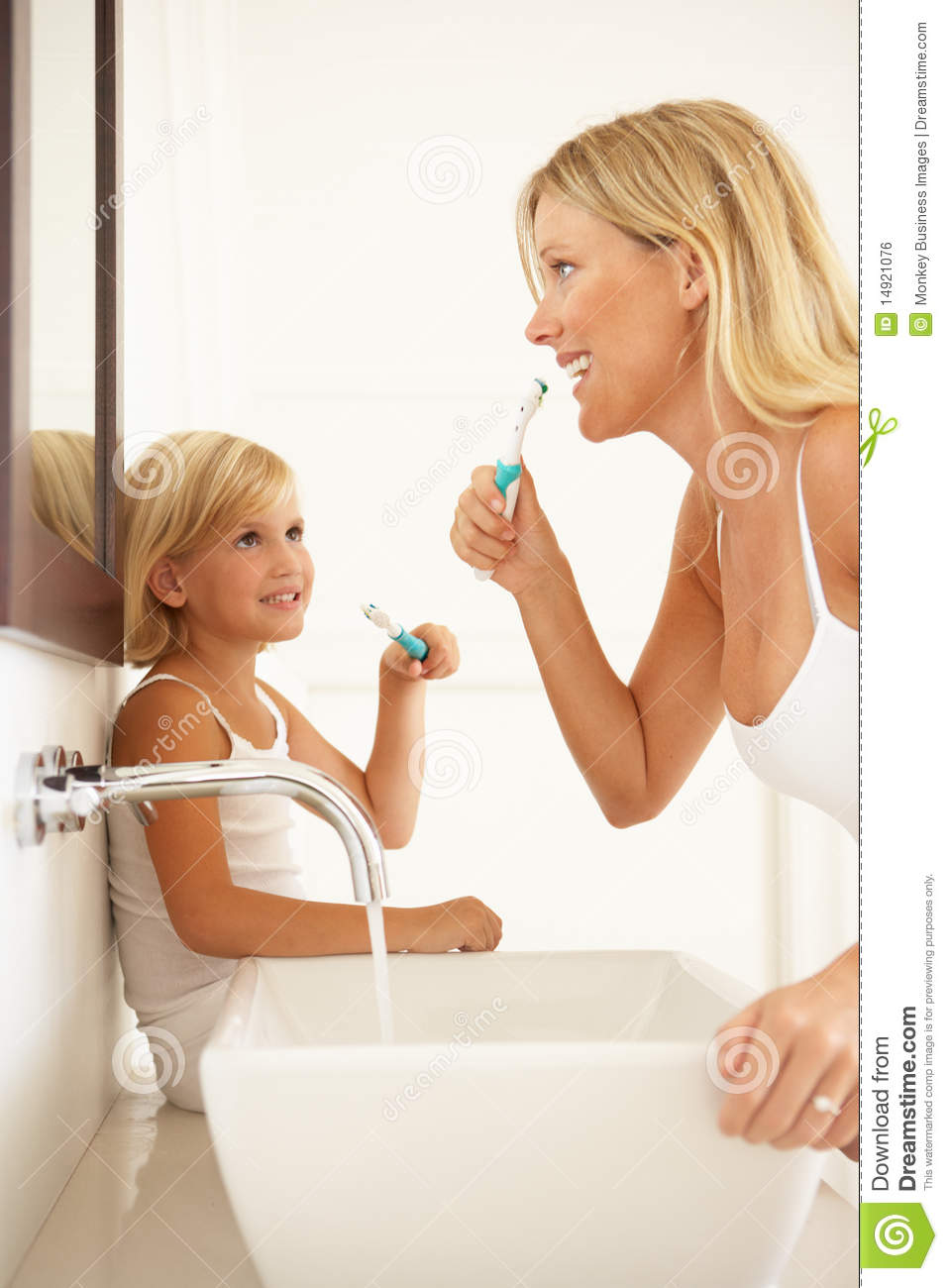 Image Result For Bathroom Sink Toothbrush Clipart