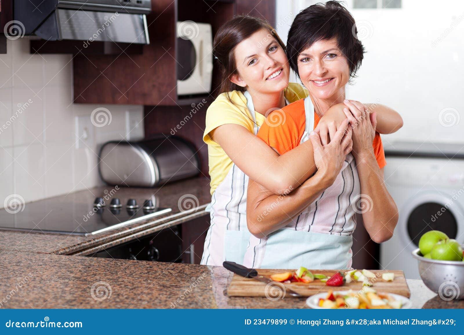 Сын и мать ви 22 фотография