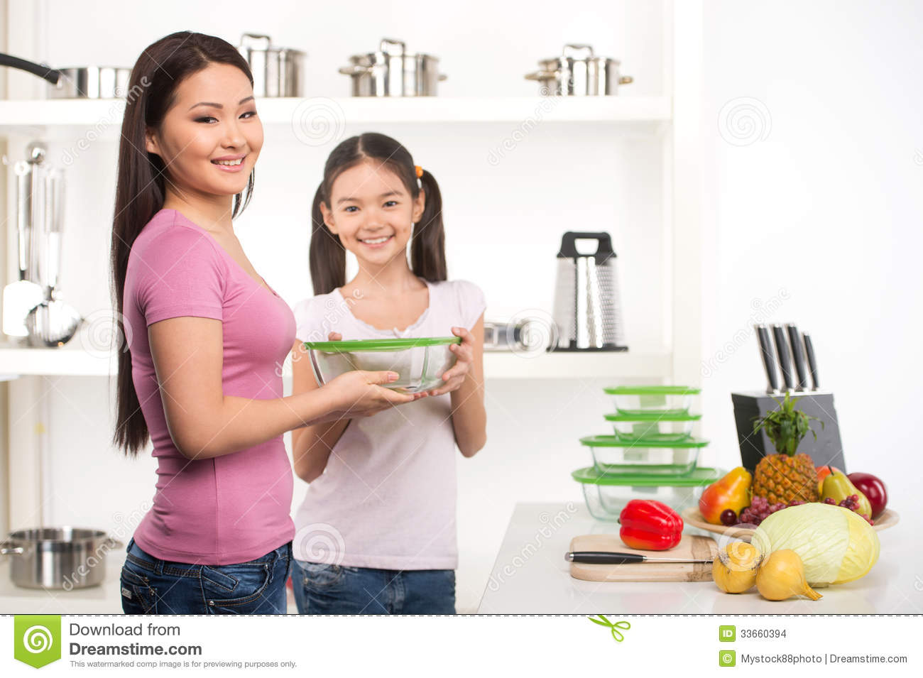 Mother And Daughter On The Kitchen Stock Images Image 33660394