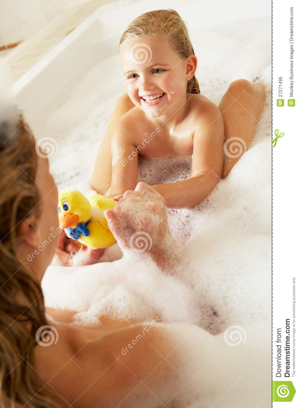 One nude bath mother