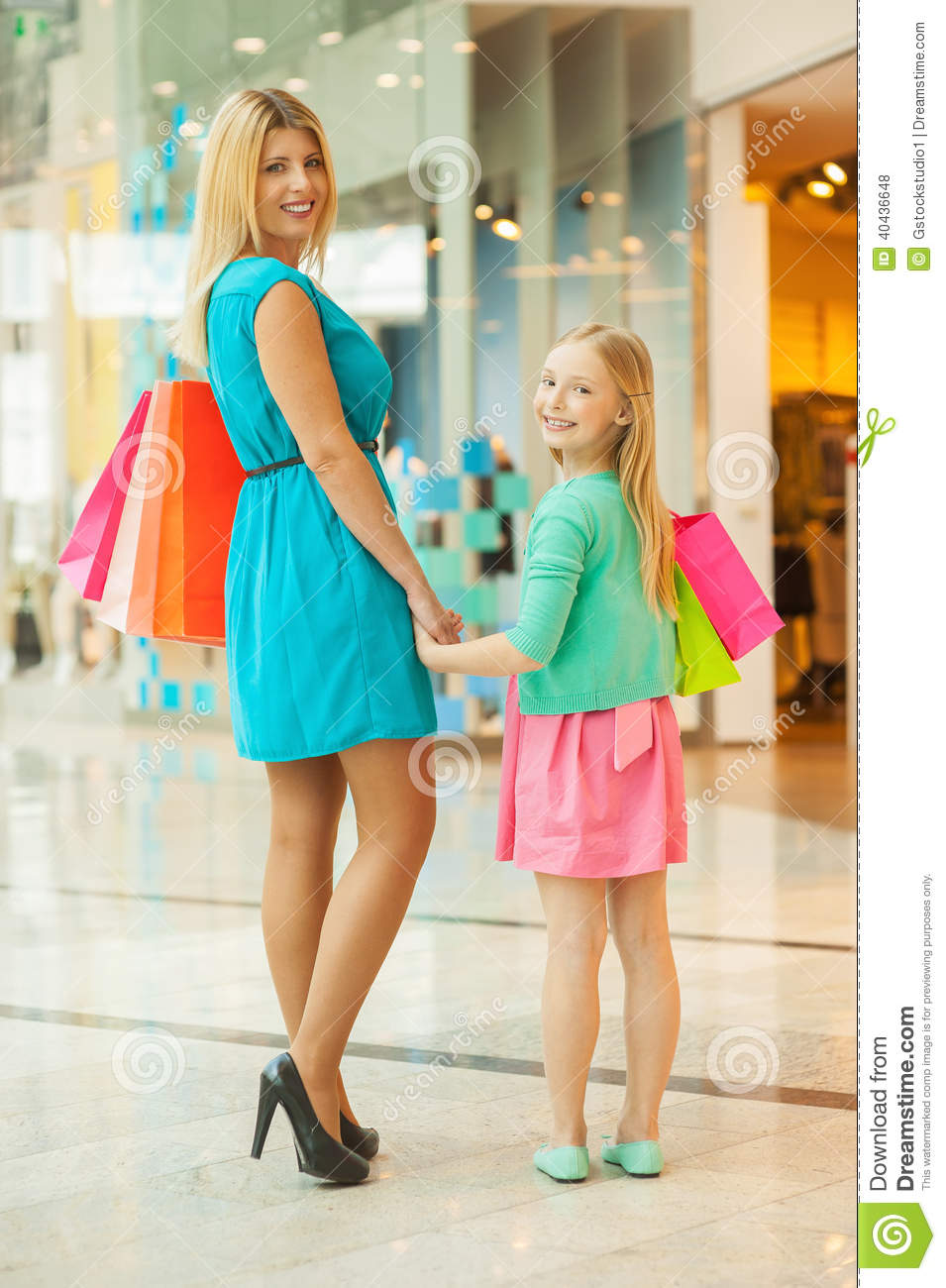 shopping mall and mother Download 1,630 mother daughter shopping mall stock photos for free or amazingly low rates new users enjoy 60% off 76,823,336 stock photos online.