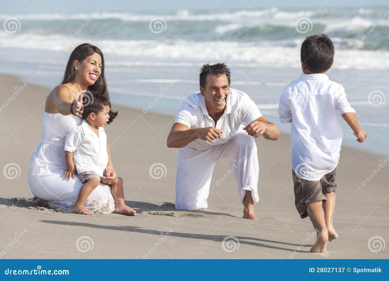 Сын заигрывает с матерью 8 фотография