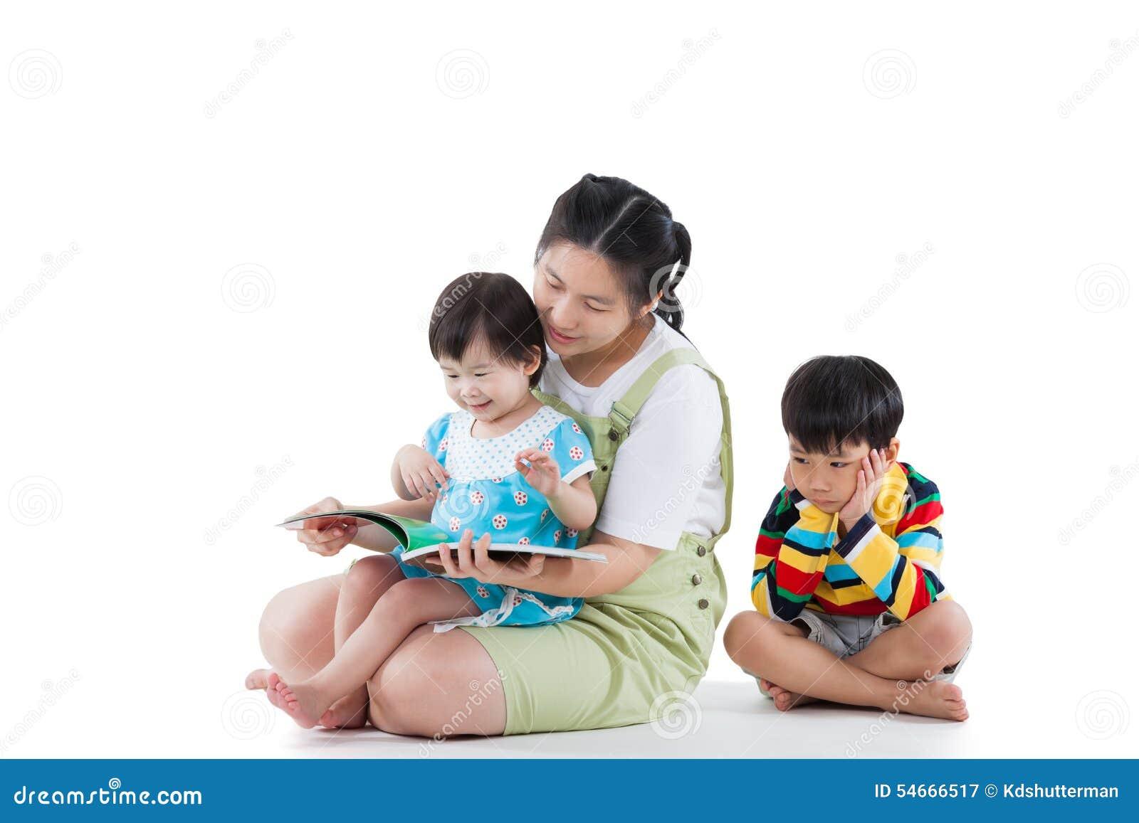 Фото мам с детьми азиаты