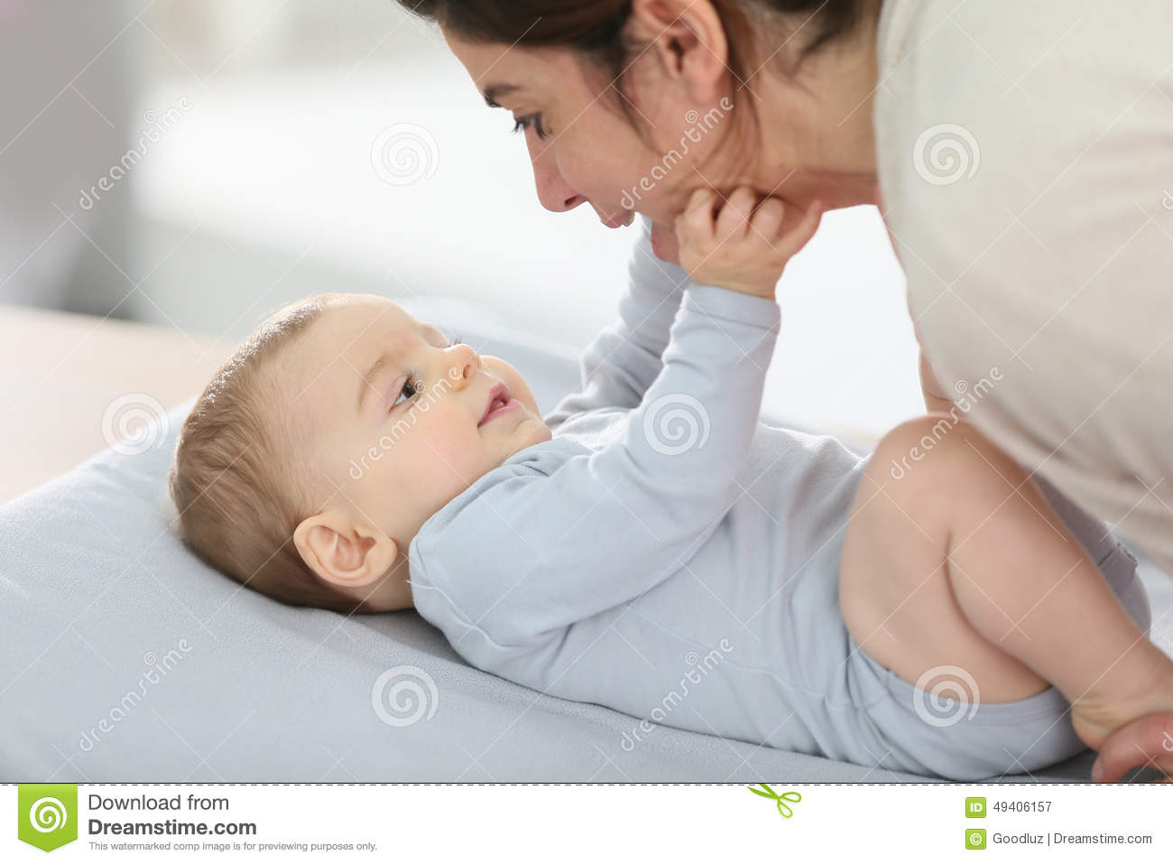 Merveilleux Download Mother And His Baby Cuddling On Bed Stock Image   Image Of Adult,  Laying