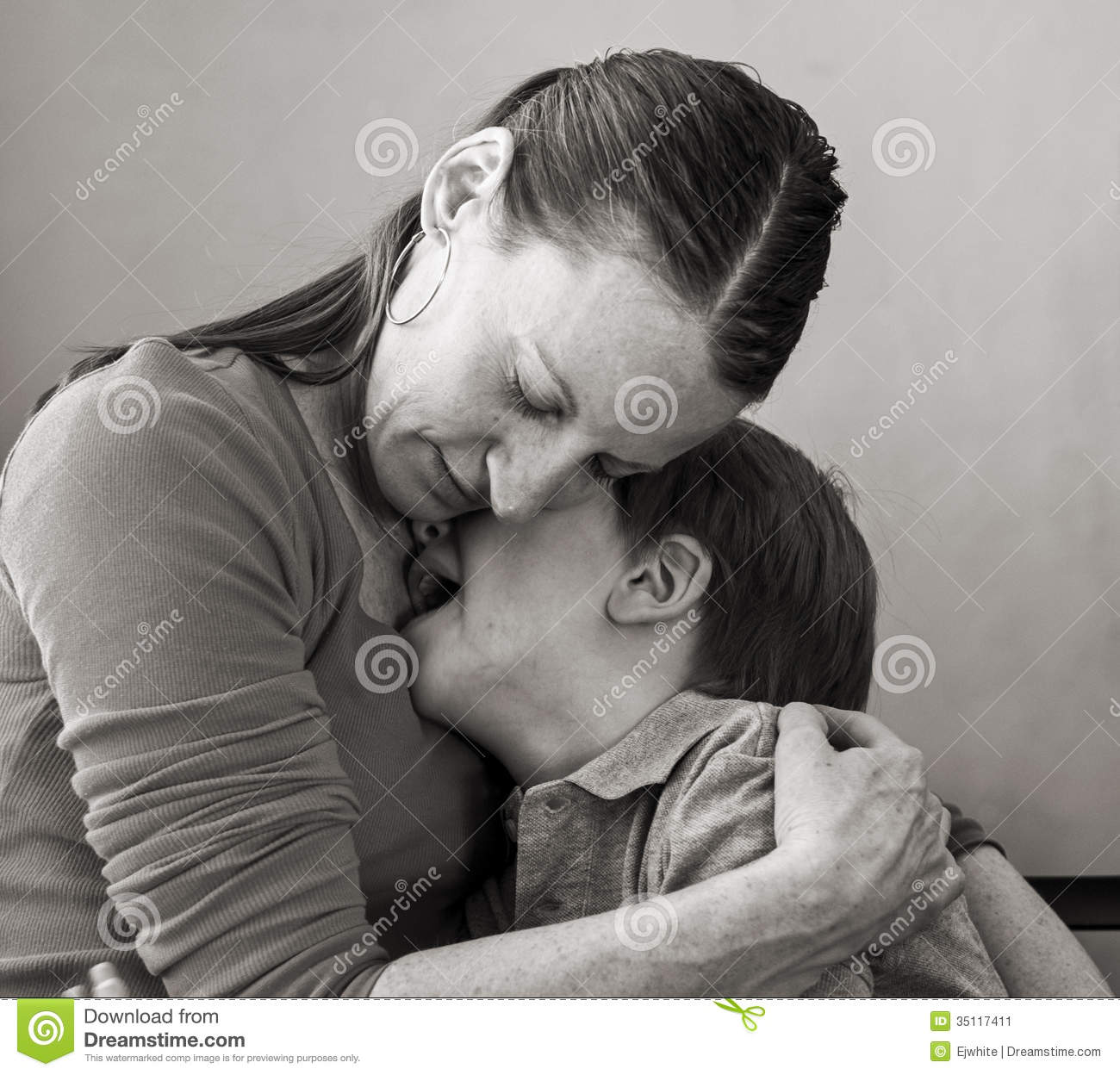 Crying mom creampied by son