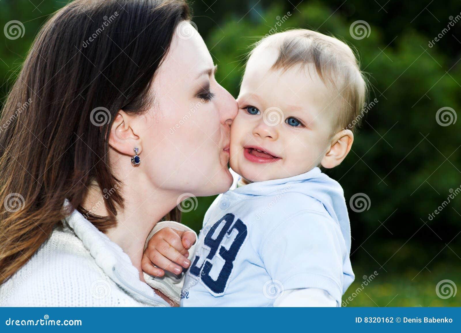 Русский сайт мама с сыном 21 фотография