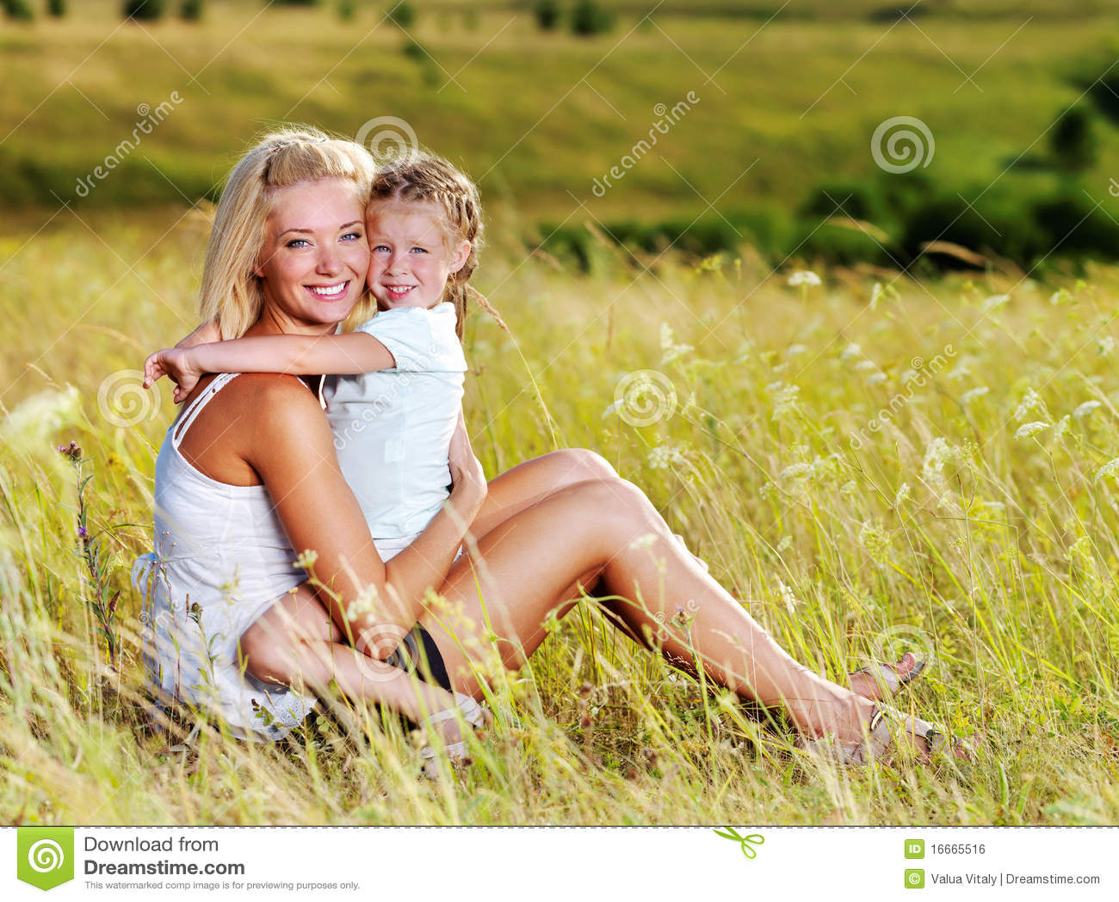 Развлечении матери с дочерью 13 фотография