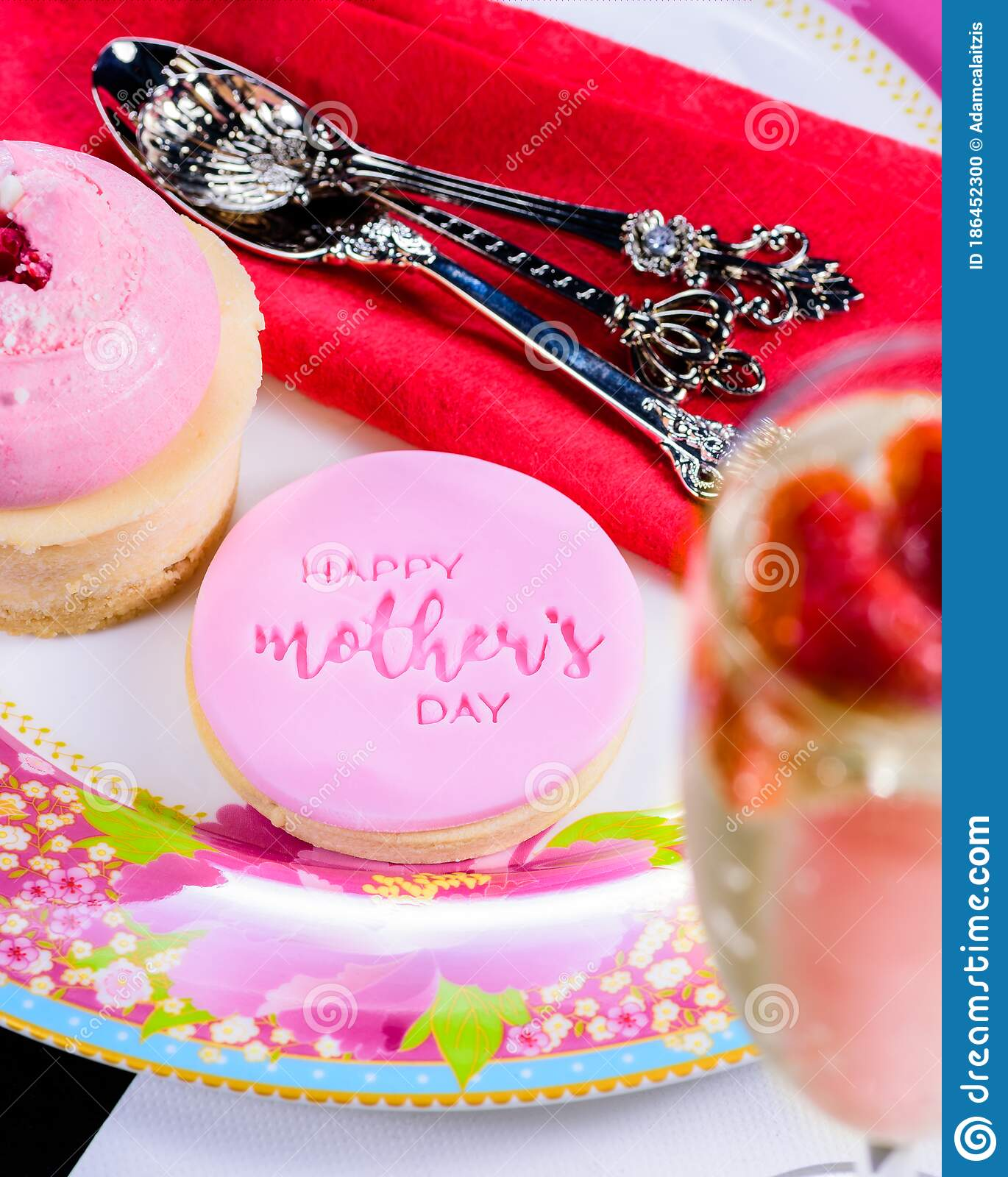 Mother S Day Cookie Stock Photo Image Of Cute Icing 186452300
