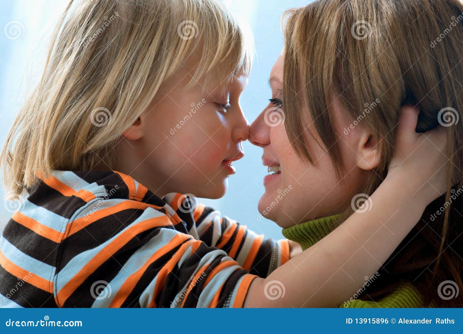 Смотрить син и мами 8 фотография