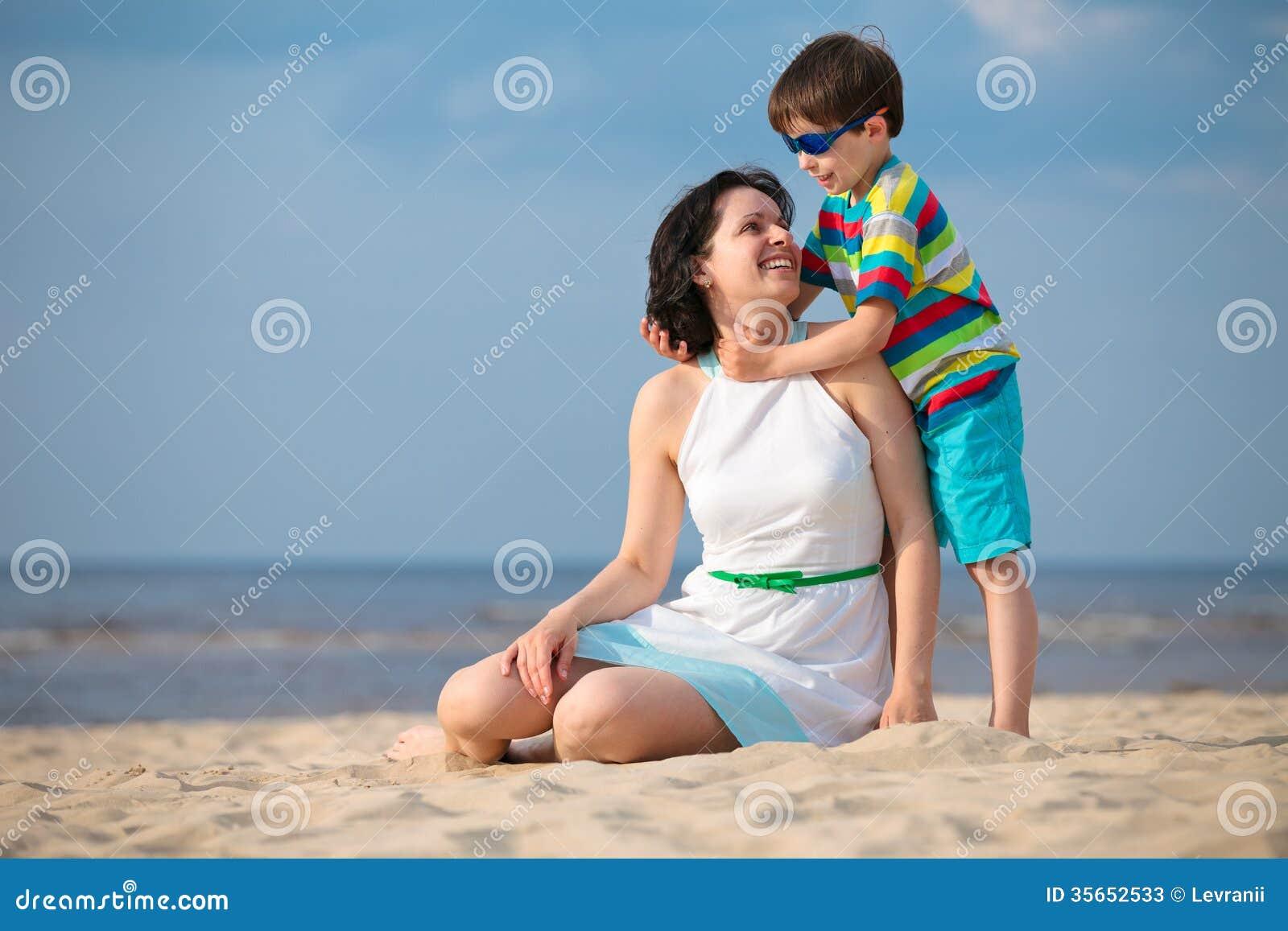 Нудисты сын и мать фото