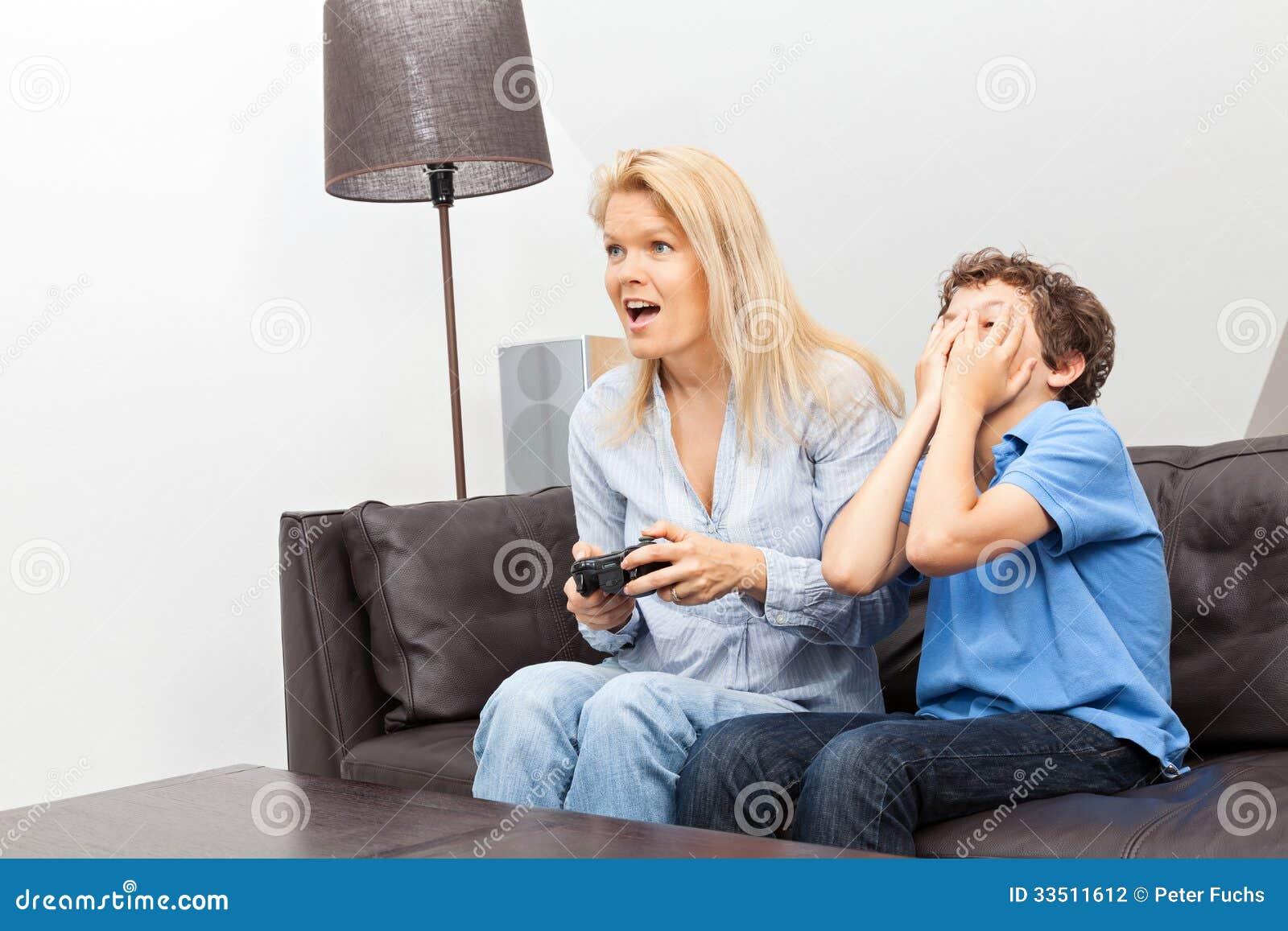 Сын с матерью видео фото 587-894