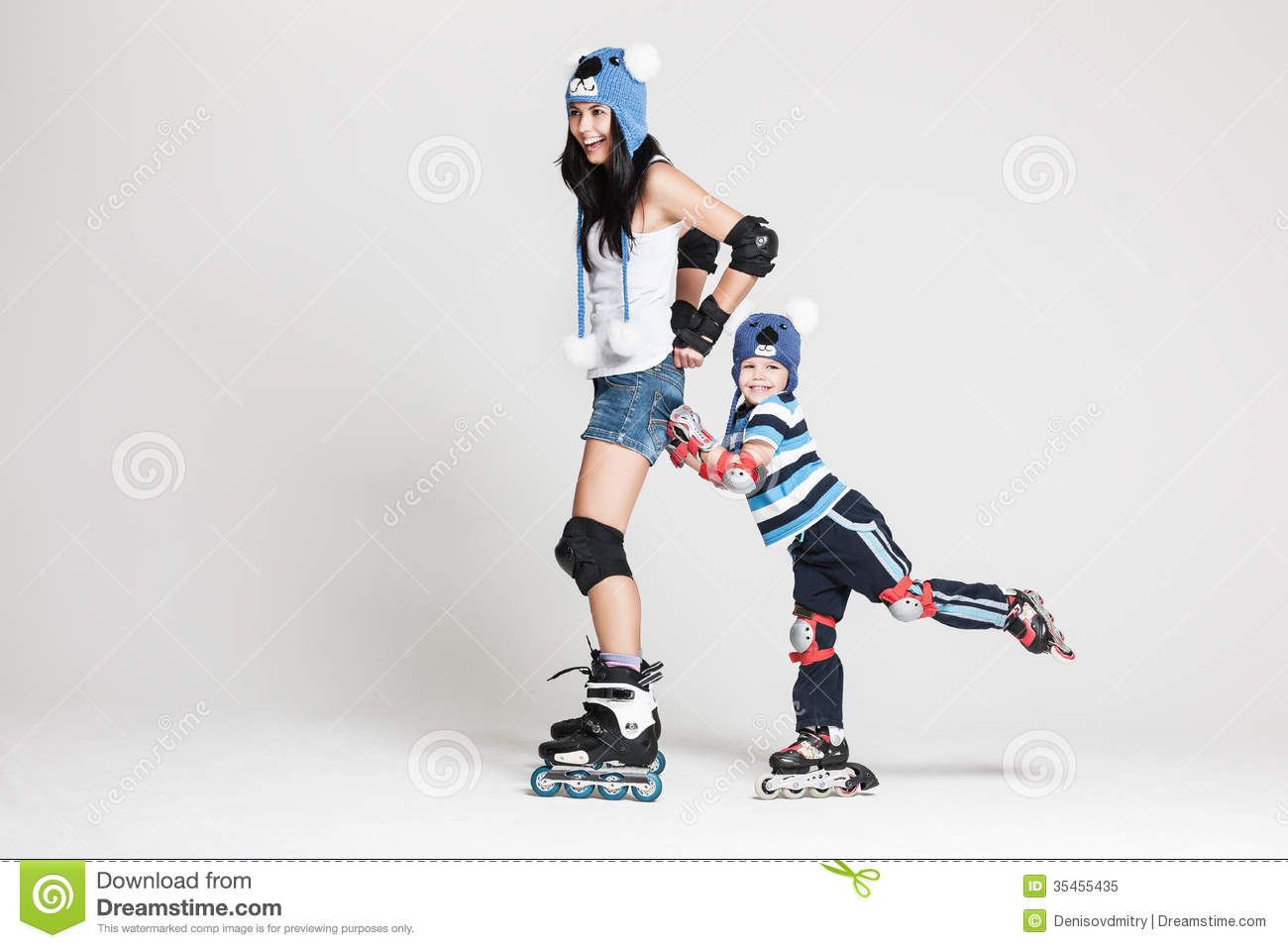 Roller skates for free - Mother And Son In Roller Skates Royalty Free Stock Photo