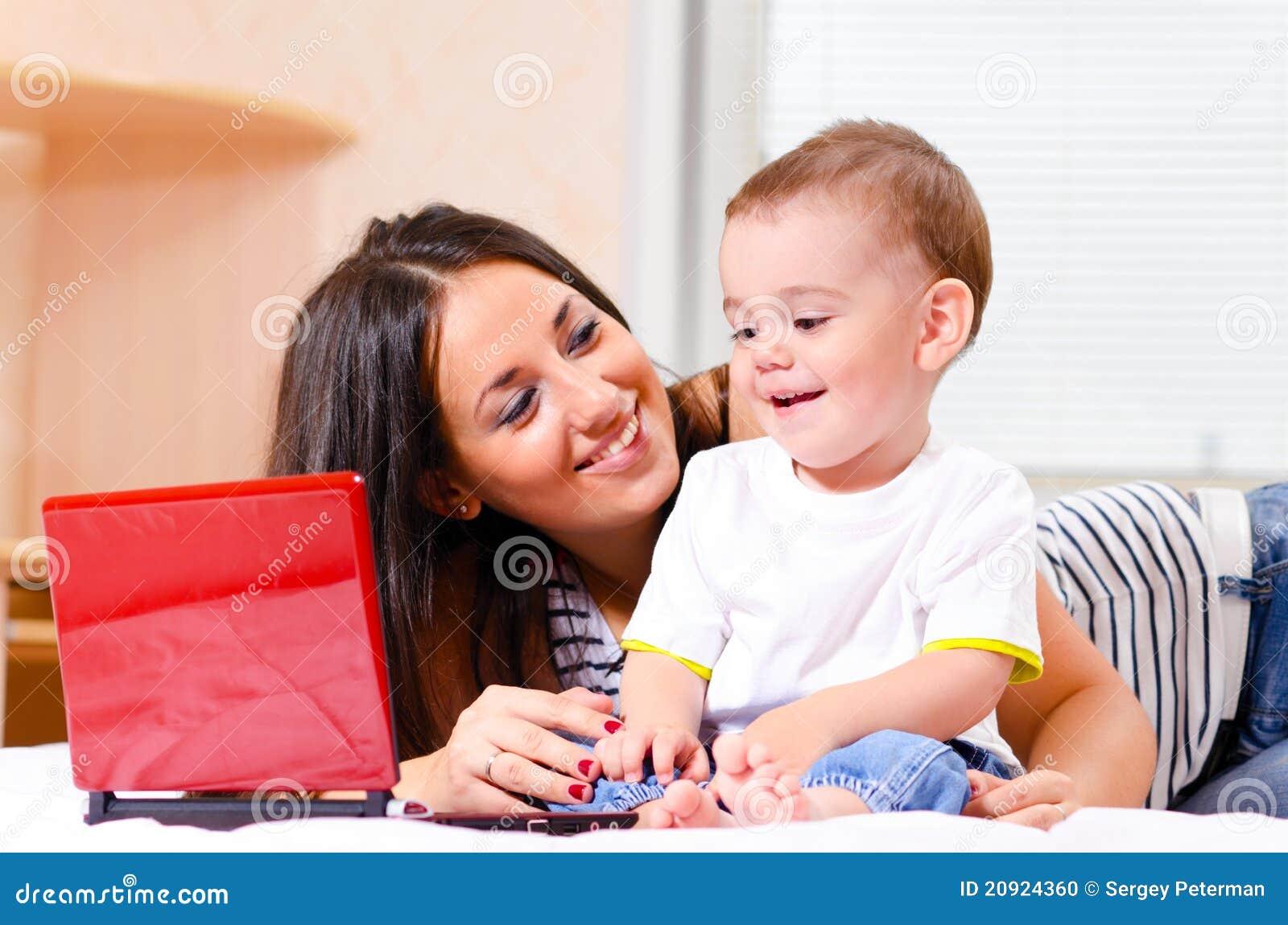 Фото мама с маленьким сыном