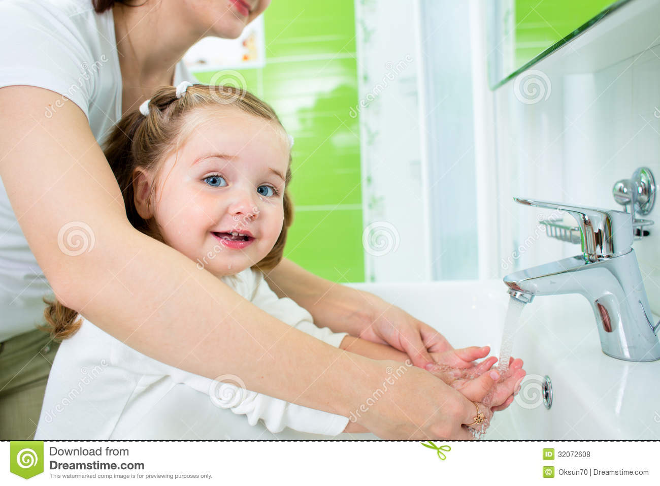 Mother Washing Kid Hands Royalty Free Stock Photos Image
