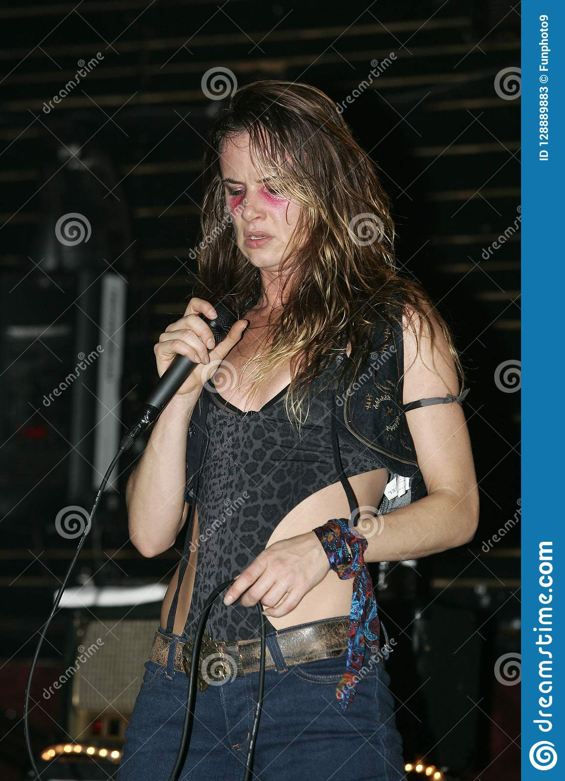 Juliette lewis lick really. agree