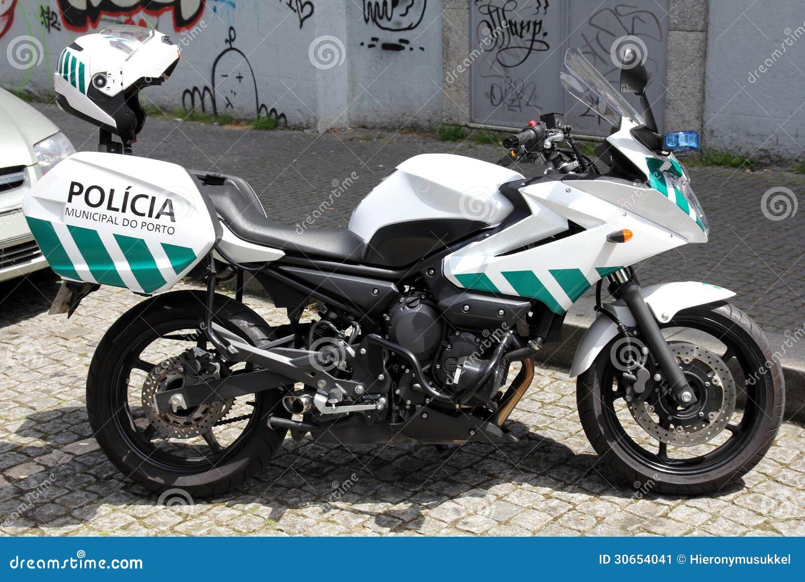 moto de police porto portugal image stock image du lisbonne application 30654041. Black Bedroom Furniture Sets. Home Design Ideas