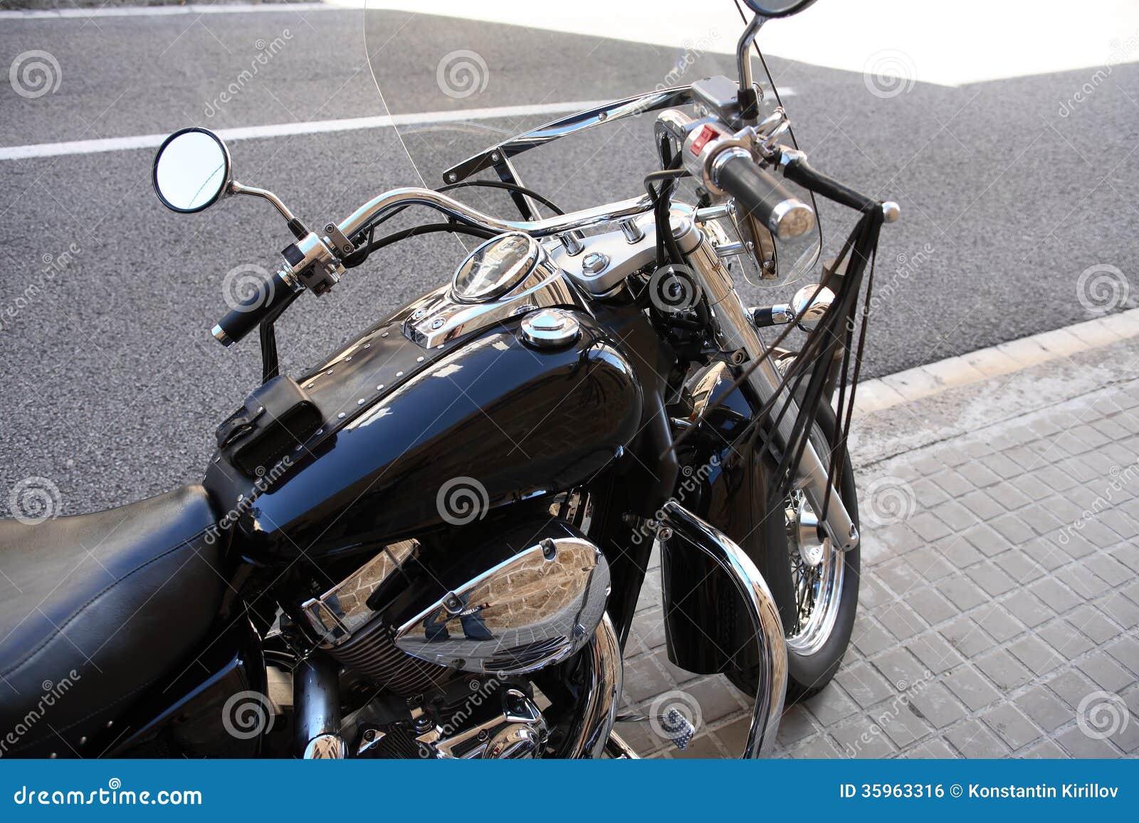 Motocicleta en la calle