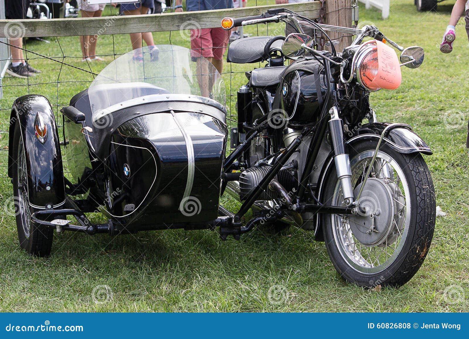 Motocicletas de la obra clásica y del vintage