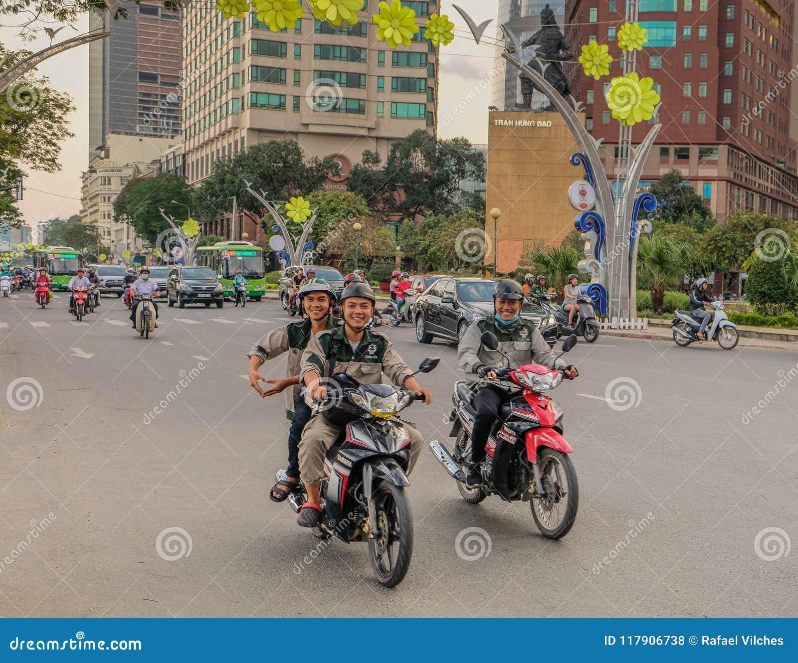 Motocykle na ulicach Ho Chi Minh