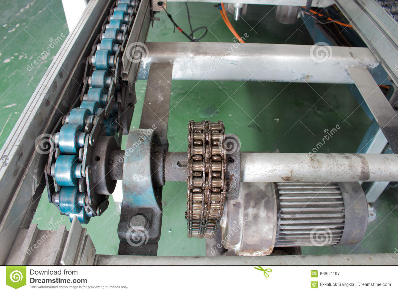 Motor And Chain Drive Shaft Line Conveyor Industrial Stock Image Image 66897497
