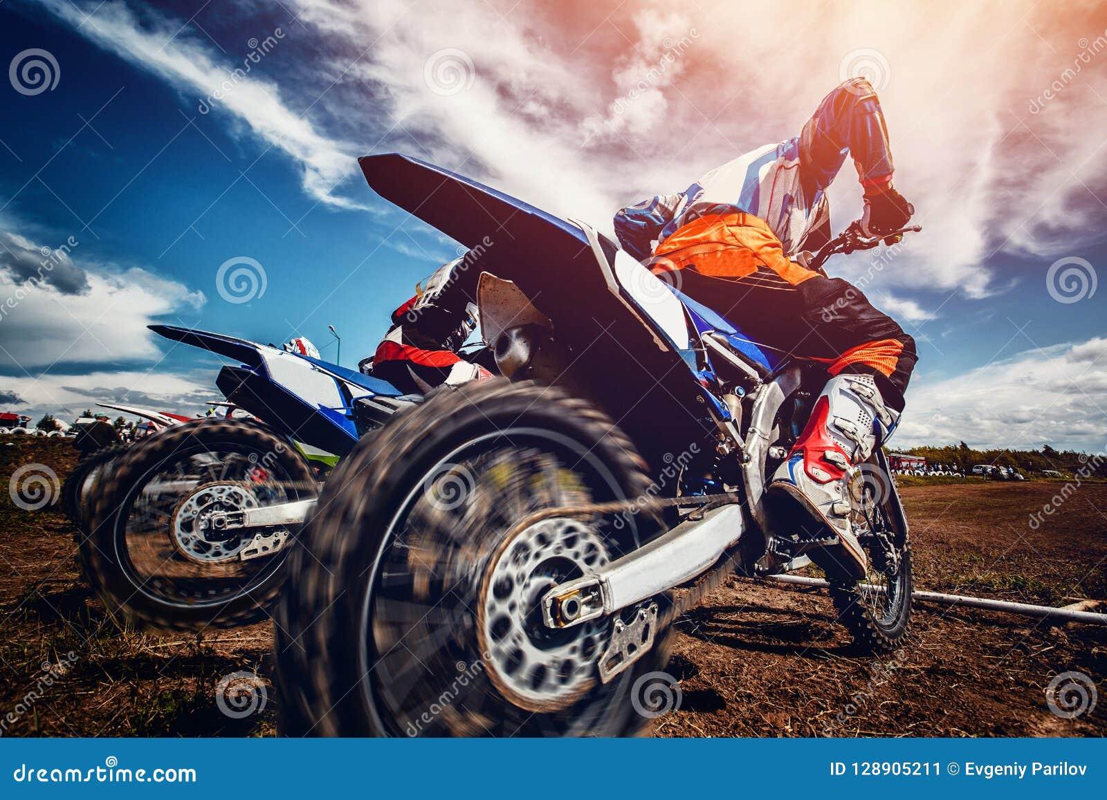 Motorcross arrête le vélo
