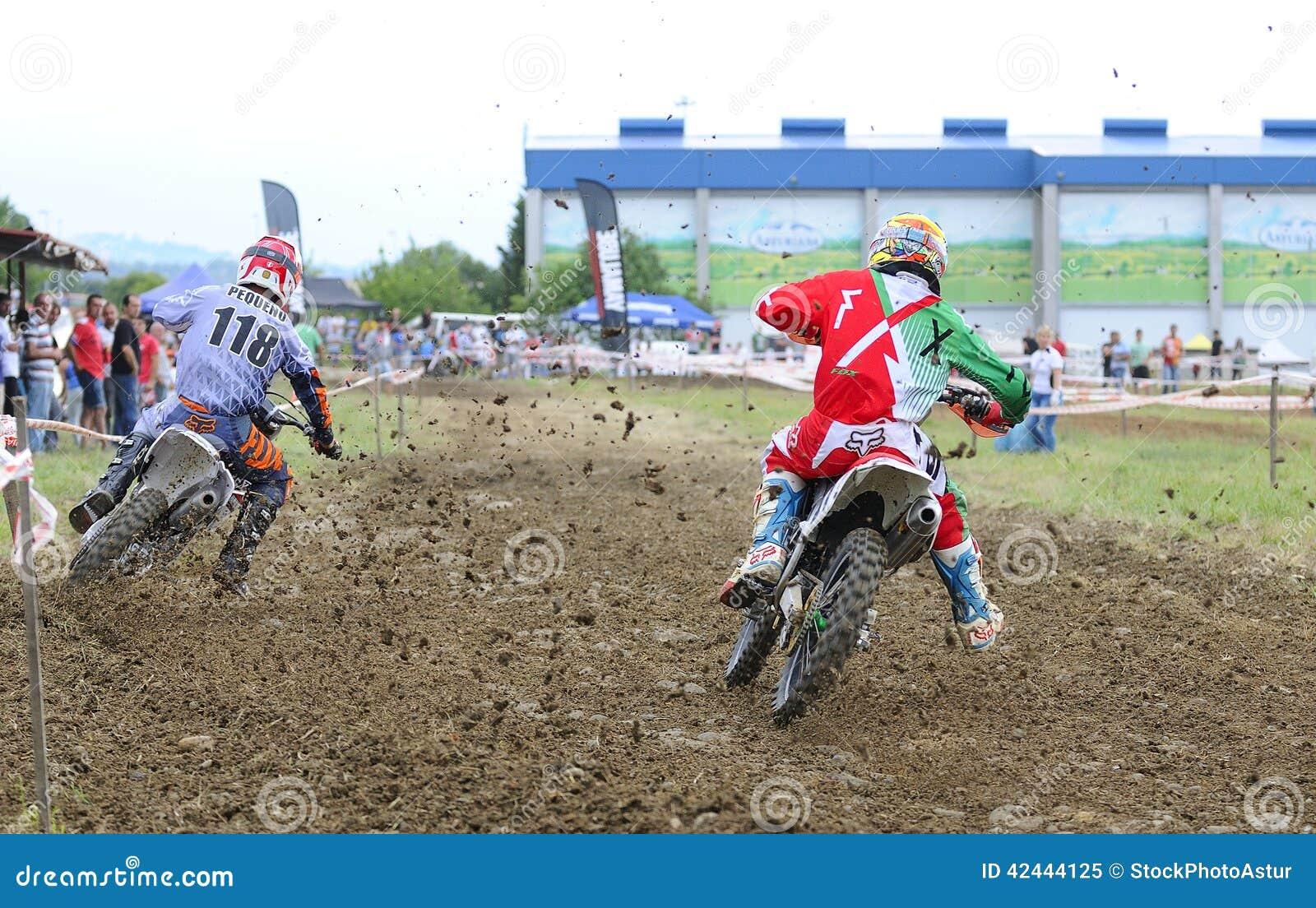 Motorcross en el EL Berron, Asturias, España