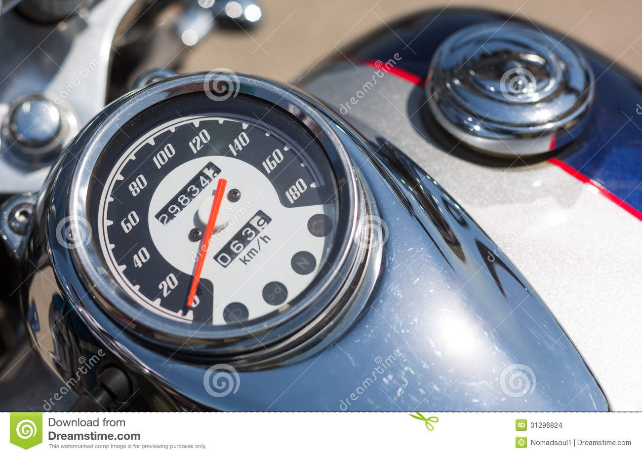 motorcycle speedometer hook up With a dashboard on the fritz, a long haul coming up, and neither the time, money, nor inclination for a complicated repair, a gps speedometer saves the day.