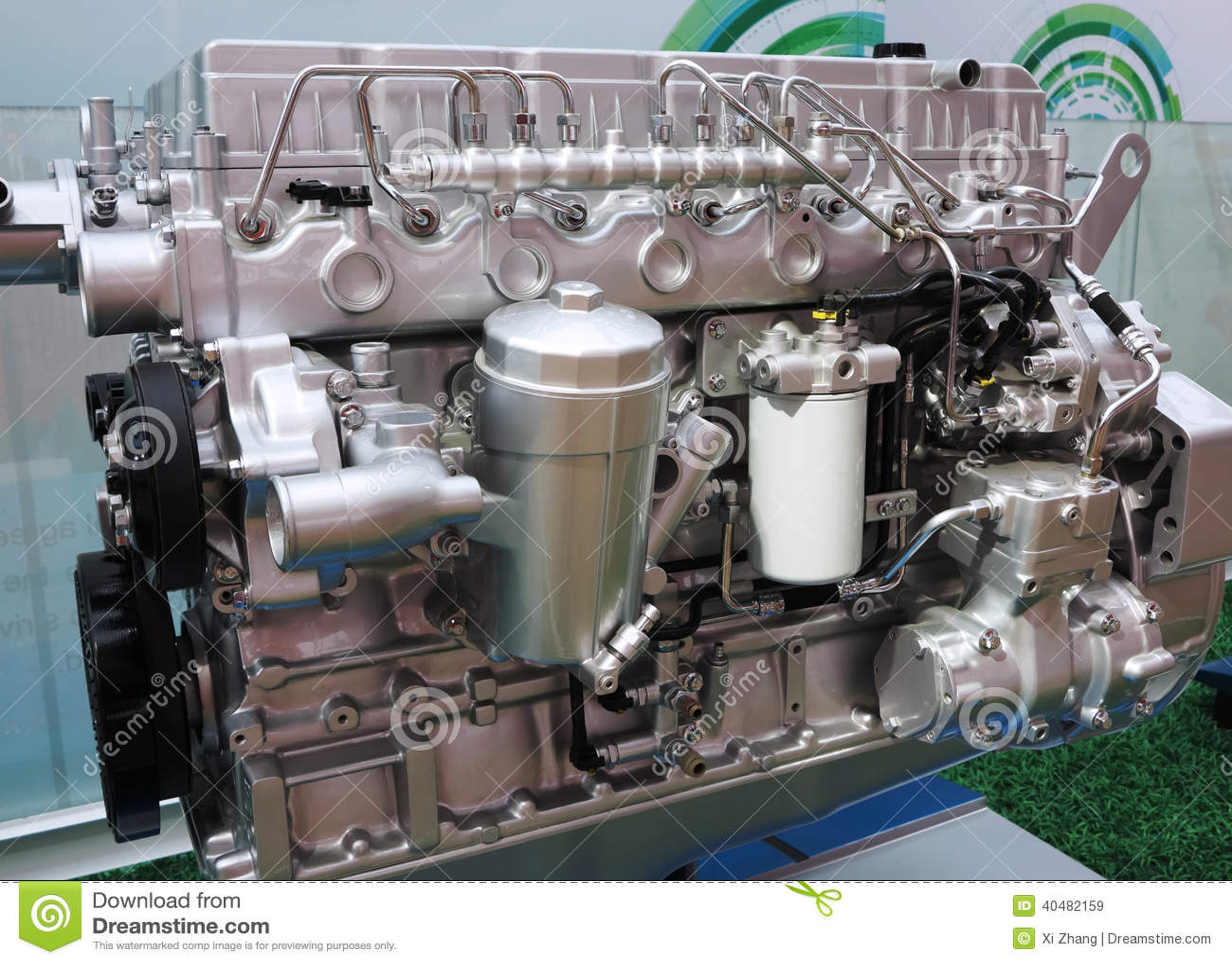 Motorcykelbensin tankade motorn
