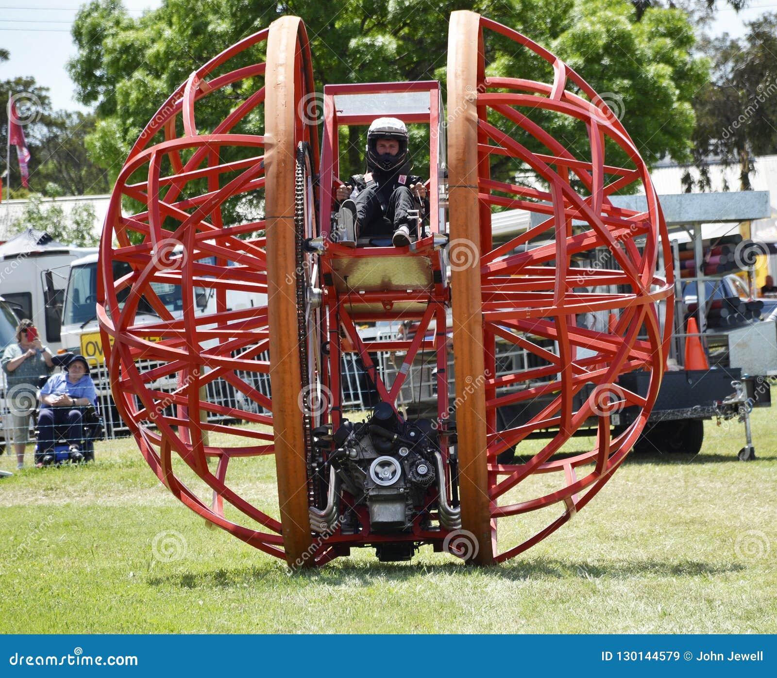 Motorisierter Stahlball