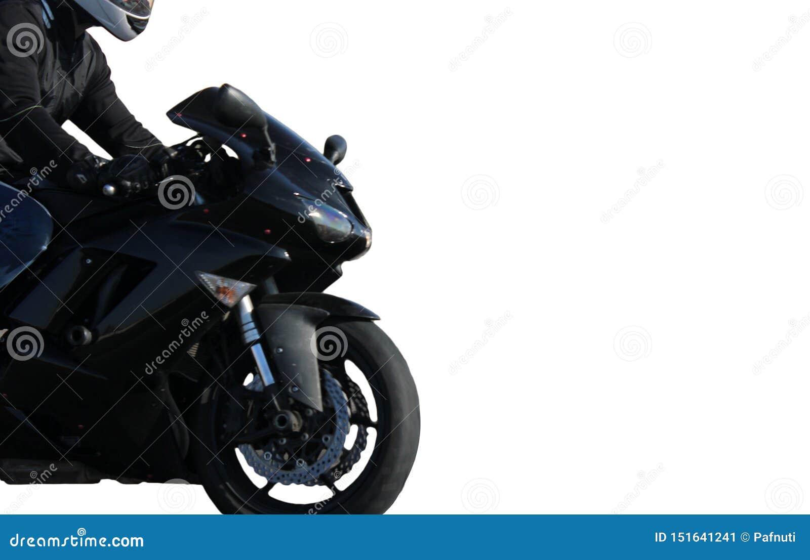 Motorista en una bici negra del deporte aislada en el fondo blanco