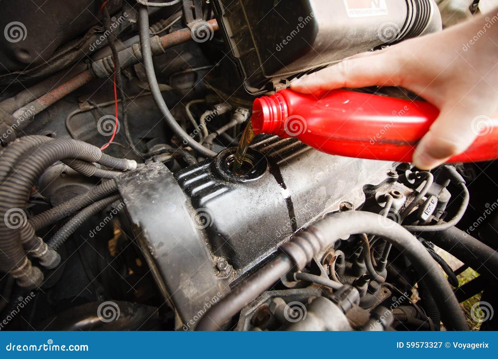 Motorolie, motor van een auto dichte omhooggaand