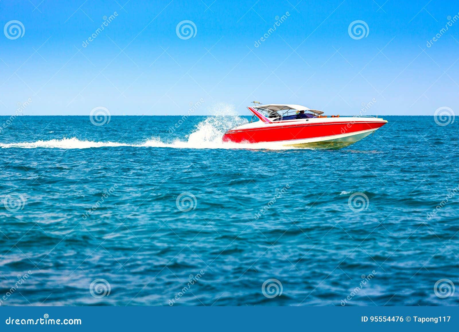 Motorowa prędkości łódź