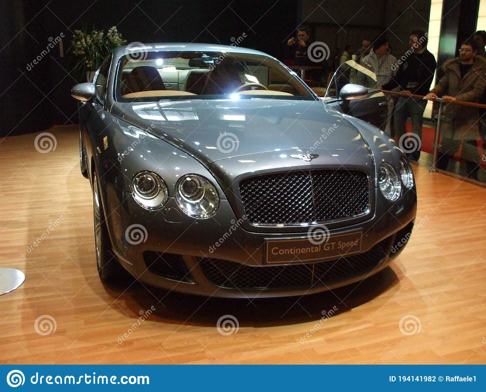 849 Bentley Front Photos Free Royalty Free Stock Photos From Dreamstime