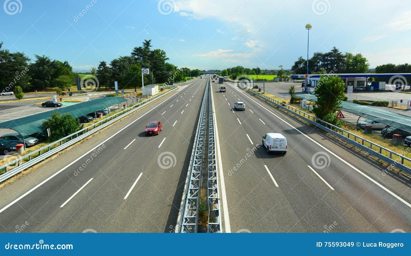 A7 motorway Milan Genoa Sikt från autogrill Dorno italy