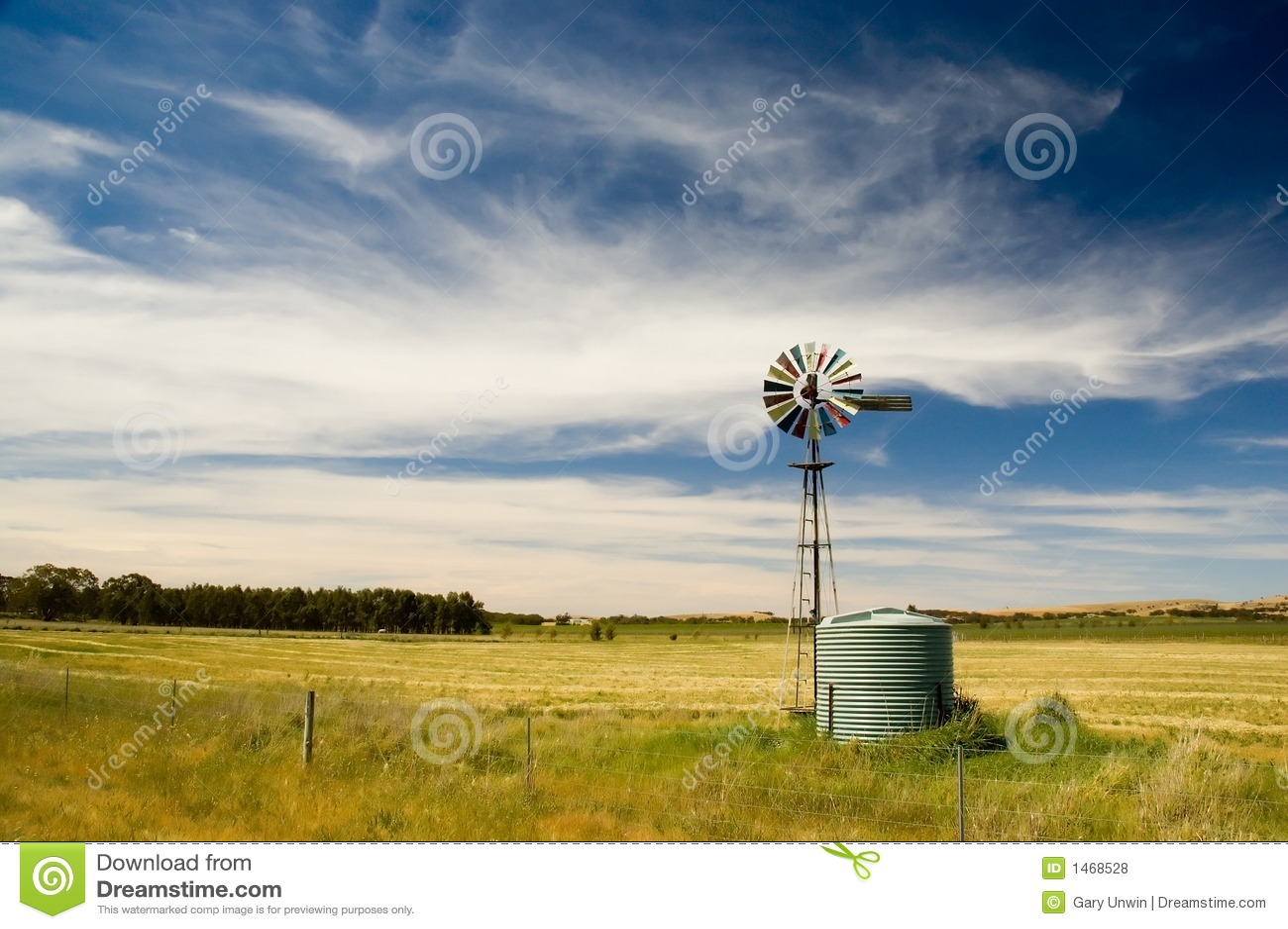 Moulin à vent dans le pays