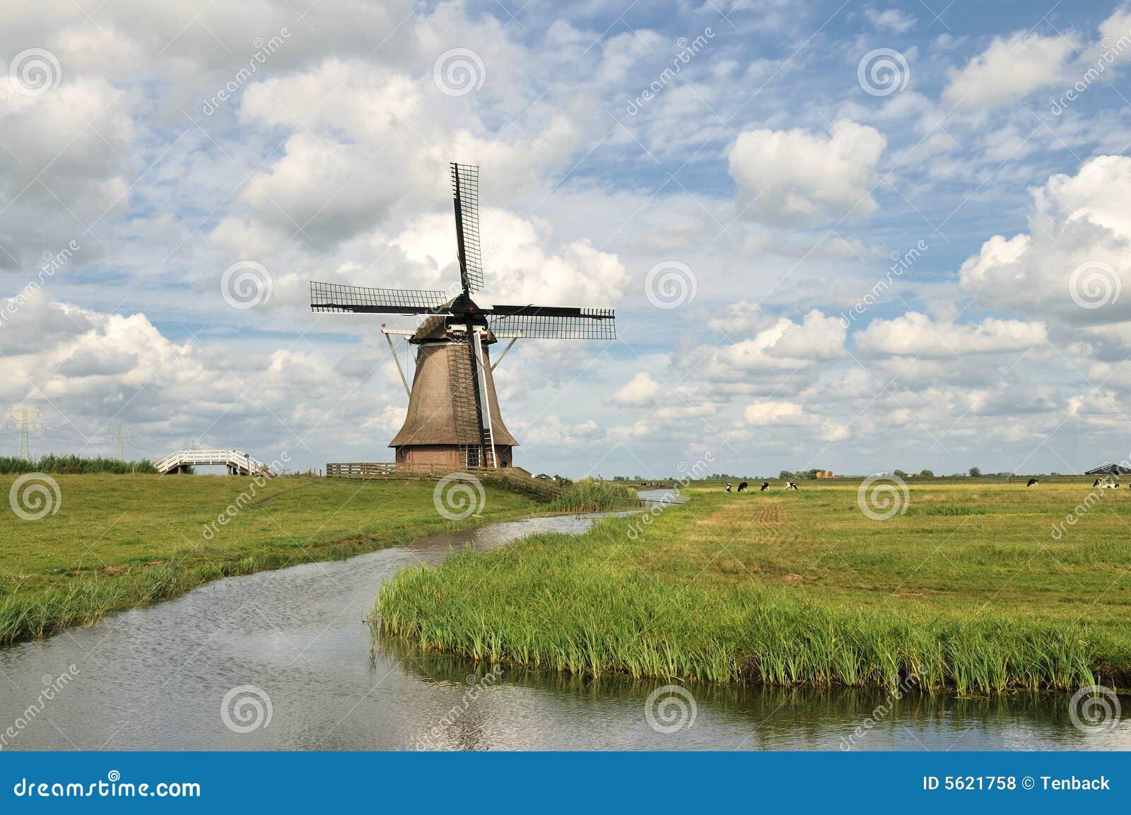 Moulin vent hollandais construction agricole photos for Construction agricole