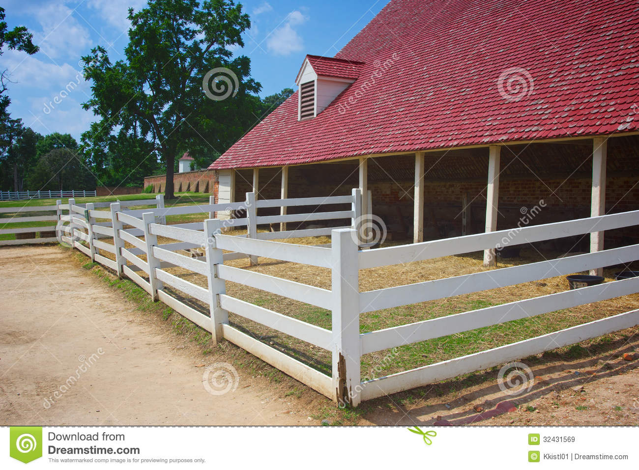 Mount vernon barns royalty free stock images image 32431569 for George washington plantation