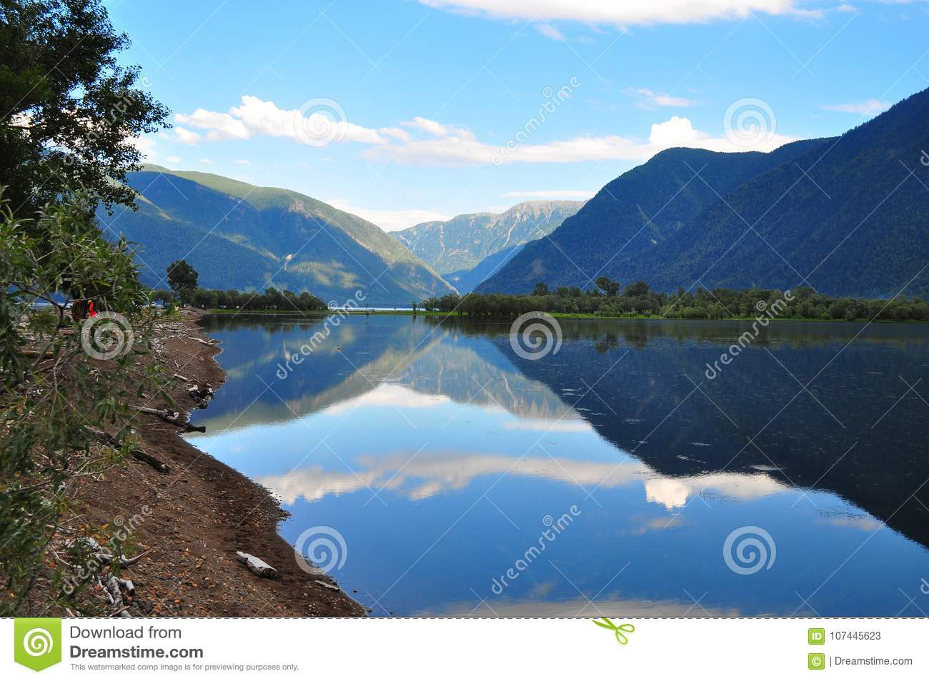 Lake Manzherok, Mountain Altai: photos, recreation centers 71