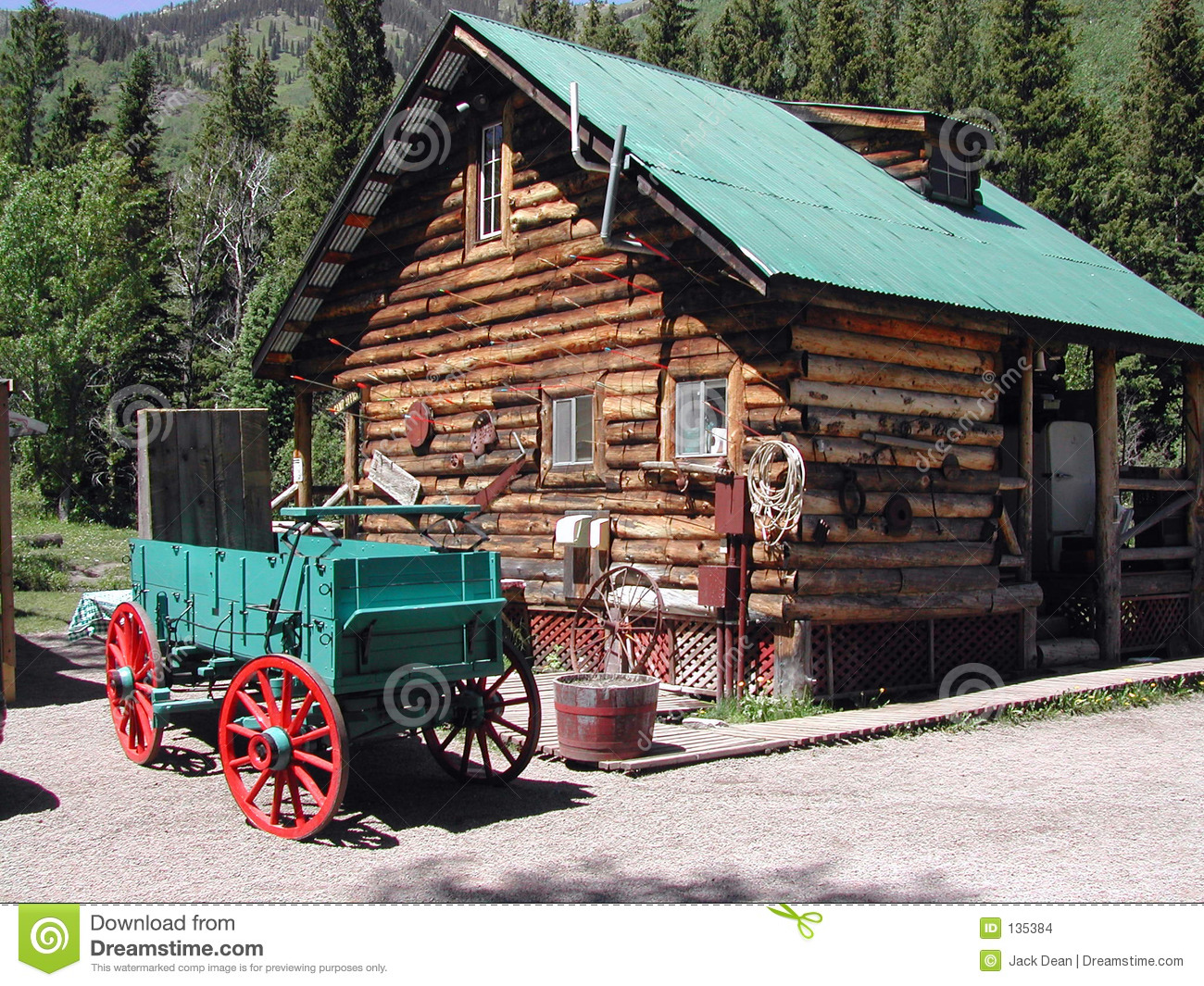 Mountain Cabin Stock Images Image 135384