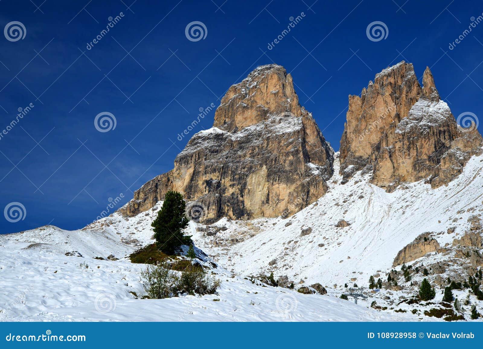 Mountain group Sassolungo Langkofel. South Tyrol, Italy.