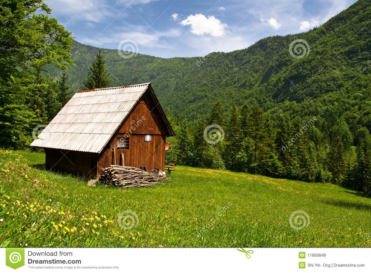 Summer Hut Designs : Mountain Hut In Summer Royalty Free Stock Photos - Image: 11669848
