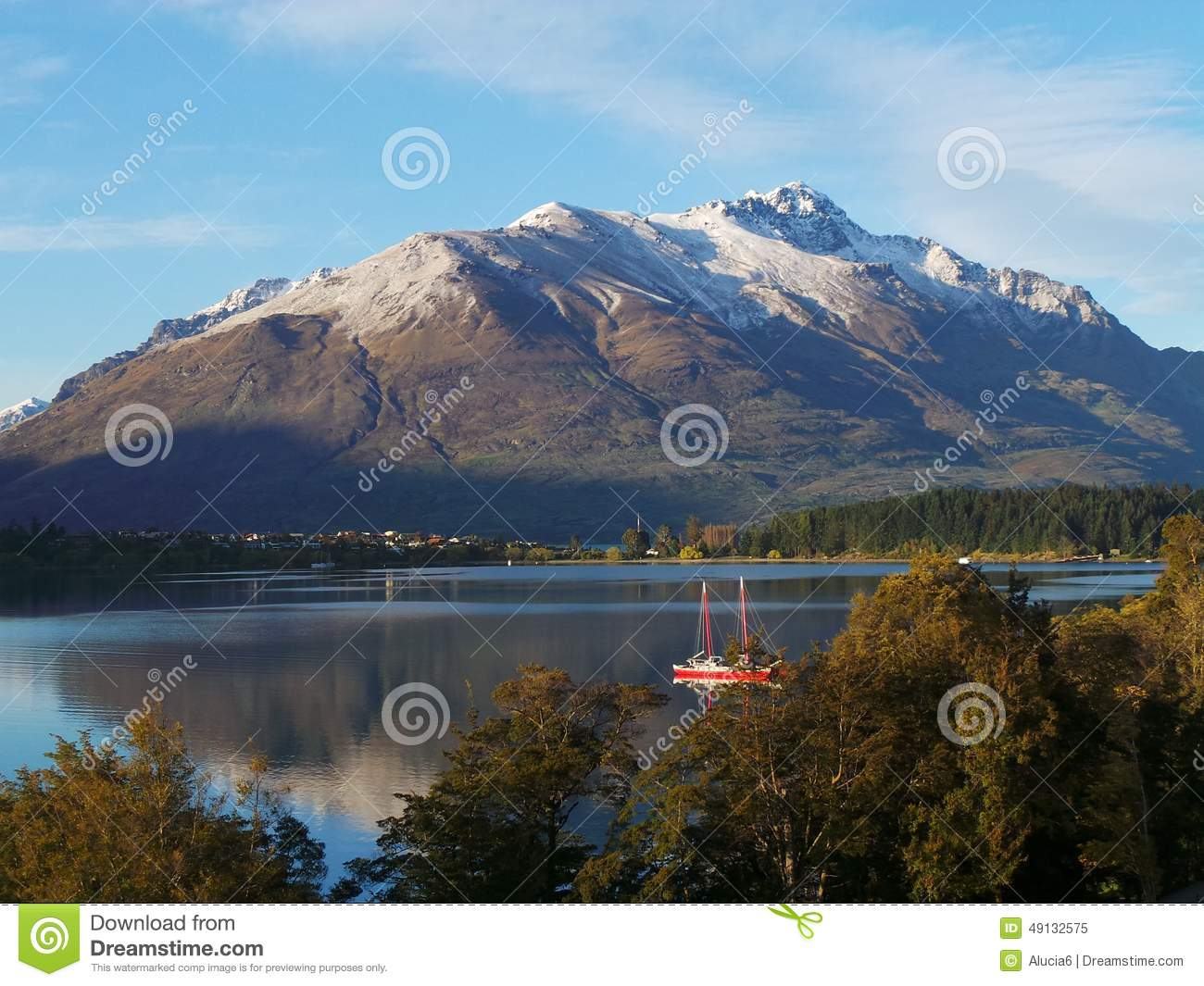 queenstown muslim 1 день назад the dinner comes as the supreme court considers legal challenges to trump's travel ban, which critics say unfairly targets some muslim-majority countries.