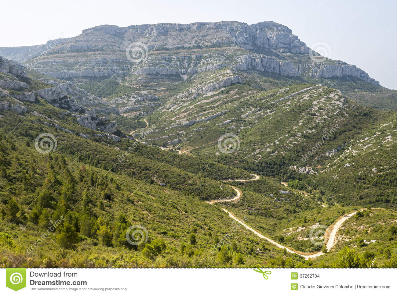 Mountain landscape near marseille stock images image for Rhone marseille