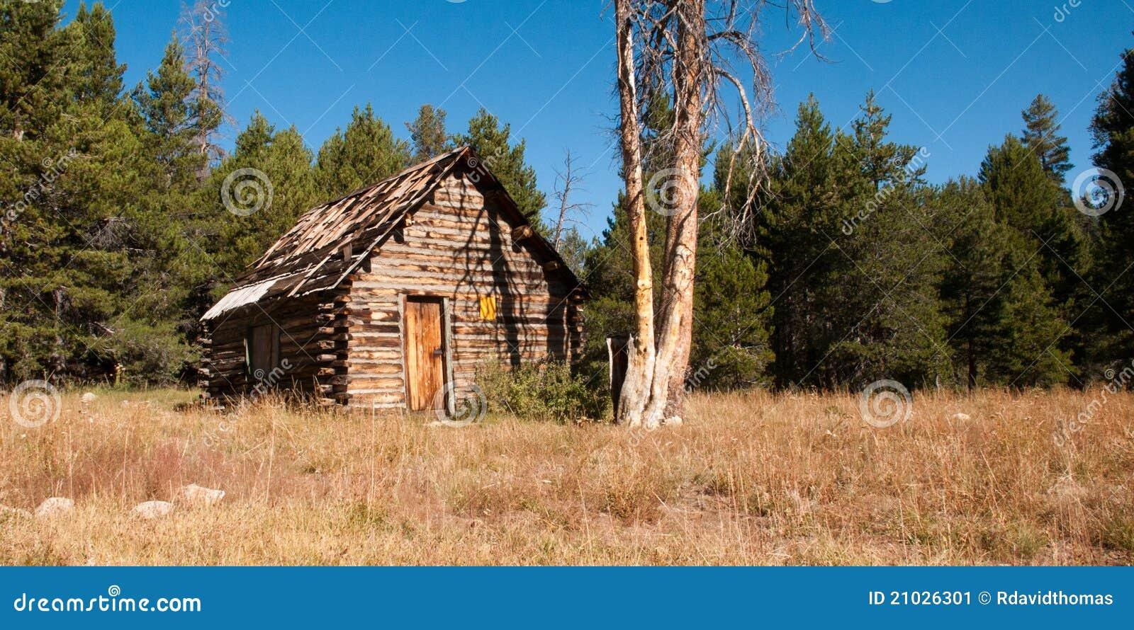 Mountain Log Cabin Stock Image Image 21026301