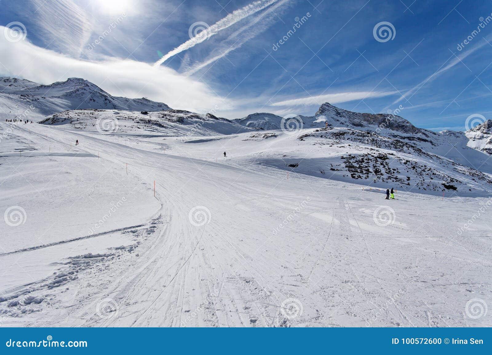 Ski Cervinia 2018 2019 - Book Skiing Holidays in Cervinia