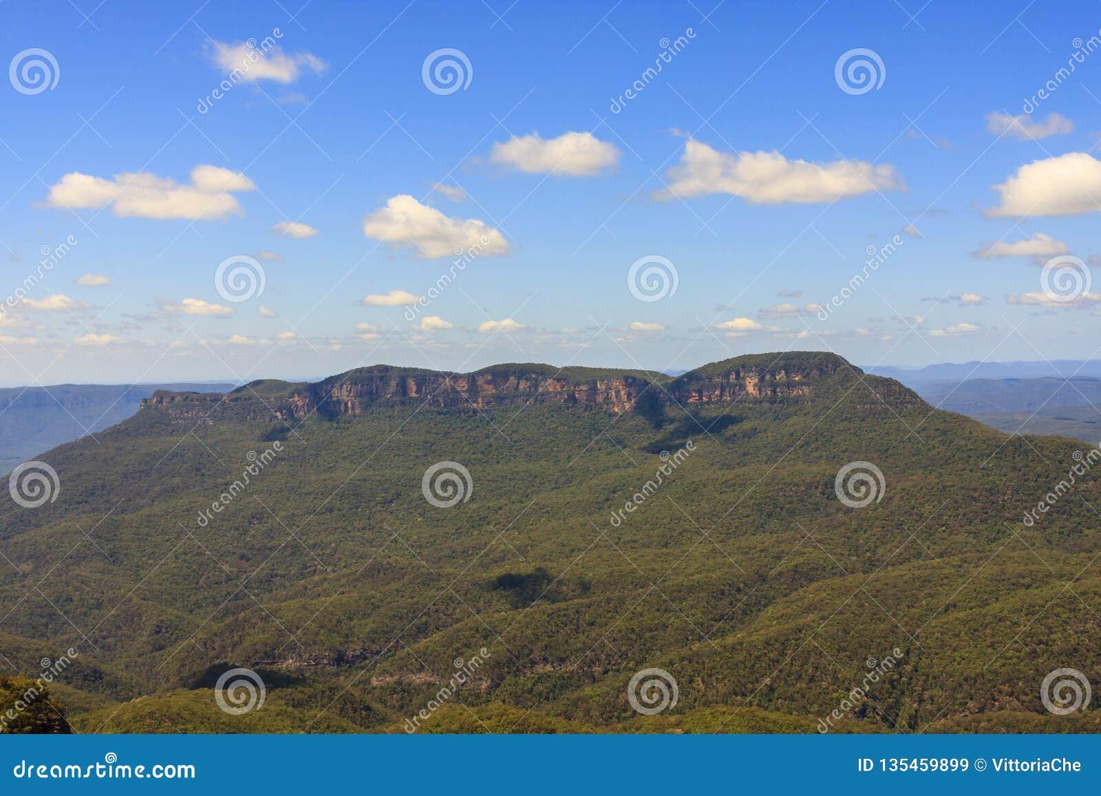 Mountain View azul Localizado em Echo Point Katoomba, Novo Gales do Sul, Austrália